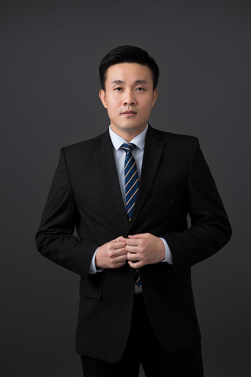 张杰 知产公司副总经理      行政人事部经理